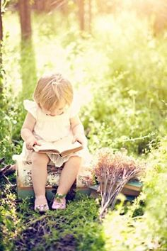 "This reminds me of ZZ. She ""reads"" books all day long..."