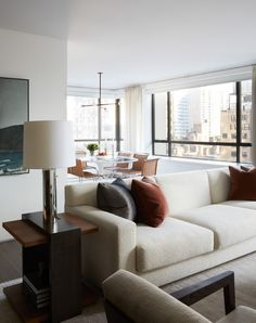 House Tour: This sophisticated light-filled New York apartment blends modern and classic elements - Home & Decor Singapore