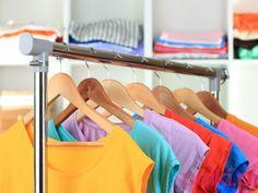 3 skuteczne sposoby na usuwanie kłaczków z ubrań