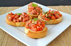 How to prepare Delicious Bruschetta with Tomatoes and Basil