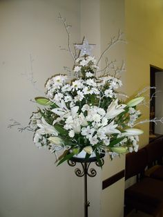 My Christmas arrangement 2012 in Hythe URC.