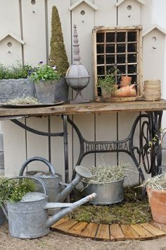 Garden Garden Deco, Garden Art, Home And Garden, Garden Sheds, Rustic Gardens, Outdoor Gardens, Garden Sink, Potted Garden, Galvanized Decor