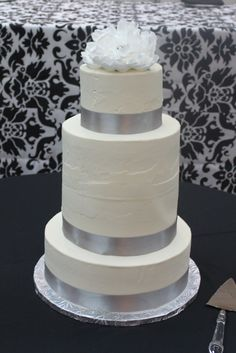 A double stacked middle tier gives this cake its unique look!