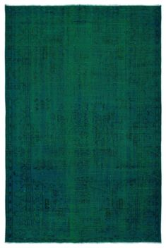 Carpet Runners By The Foot Lowes Emerald Green Rug, Emerald Green Bedrooms, Bedroom Green, Master Bedroom, Condo Design, Carpet Styles, Carpet Design, Carpet Runner, Vintage Rugs
