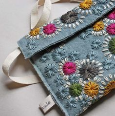 embroidered flower pouch #diy #flowershop