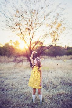 Retro Style Polka dot Tent dress children by Could use MHC Norah dress pattern Little Baby Girl, Little Girl Dresses, Tween Girls, Kids Girls, Toddler Fashion, Kids Fashion, Mighty Girl, Tent Dress, Little Fashionista
