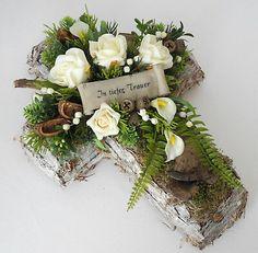 Grave jewelry KREUZ off-white / green / brown, grave arrangement, All Saints& Day, Dead Sunday, Wreath Hanger, Diy Wreath, Grapevine Wreath, Burlap Wreath, Funeral Arrangements, Flower Arrangements, Easter Wreaths, Holiday Wreaths, Grave Flowers