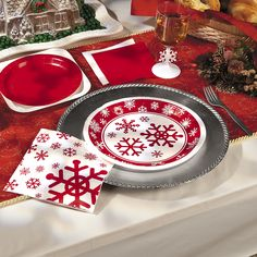 A pretty snowflake pattern that complements any Christmas party décor. Delight your party guests with Oriental Trading's Red and White Snowflake party supplies.