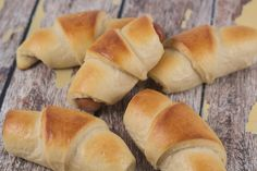 Traditional recipe for Danish Sausage Rolls (Pølsehorn). Easy and very simple recipe with step-by-step pictures. The best and most original danish recipe.