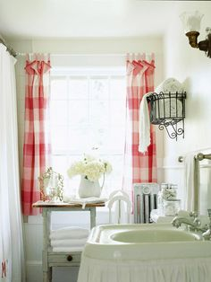 Cottage bathroom, buffalo check curtains -so sweet! Bad Inspiration, Bathroom Inspiration, Bathroom Ideas, Garden Bathroom, Bathroom Plants, Bathroom Curtains, Kitchen Curtains, Bath Ideas, Gingham Curtains