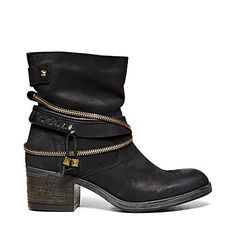 GADGET BLACK LEATHER women's bootie mid casual - Steve Madden  LOVE!!!