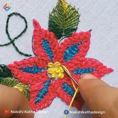 Hand Embroidery Flower Designs, Basic Embroidery Stitches, Floral Embroidery Patterns, Hand Embroidery Videos, Hand Work Embroidery, Embroidery Flowers Pattern, Creative Embroidery, Diy Embroidery, Diy Lace Ribbon Flowers