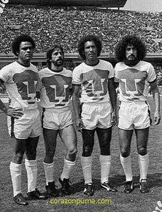 Puma Mexico, Hugo Sanchez, Football Mexicano, Football Images, Classic Image, Types Of Photography, Leonardo, Football Boots, Esports