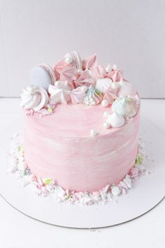Blush birthday cake inspiration with macarons and other sweets. Gorgeous Cakes, Pretty Cakes, Cute Cakes, Amazing Cakes, Girly Birthday Cakes, Girly Cakes, Fancy Cakes, Frühling Wallpaper, Gateaux Cake