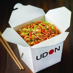 ¿Conoces nuestra Lunch box? Descubre nuestra Lunch Box y llévate donde quieras tus Noodles de lunes a viernes a cualquier hora!  En la foto nuestro Chicken Yakisoba. El mejor Take Away!