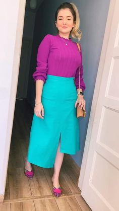 Yellow Skirt Outfits, Casual Dress Outfits, Trendy Dresses, Modest Outfits, Modest Fashion, Women's Fashion Dresses, Chic Outfits, Modest Dresses, Classy Outfits