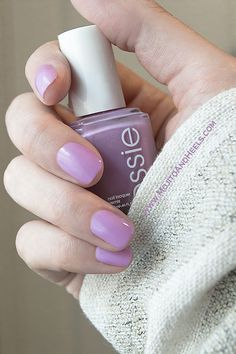 I bought this Essie – Under Whereorchid color about a year ago. And oh….I love it SO MUCH! It lays and sits perfectly on the nails. And the color itself leaves me breathless. It is very soft and feminine. I like that.