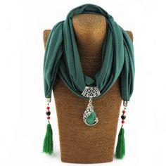 https://es.aliexpress.com/item/2017-Tassel-Scarf-Necklace-Peacock-Pendant-Neckerchief-Scarves-Women-Printed-Silk-Muffler-New-Designer-Scarfs-Jewelry/32823820132.html?spm=a219c.11010108.159.1441.30543130Wc6b2M