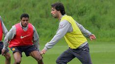 Ruud Van Nistelrooy, Motorcycle Jacket, Rain Jacket, Windbreaker, Training, Football, Jackets, Soccer, Down Jackets