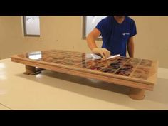 Table with epoxy resin inlay and matching lamp - YouTube