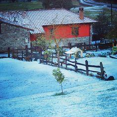Esta Navidad te esperamos en la casa rural del BOMBERO. http://ift.tt/1T4uTNx #casasruralesasturias #casarural #bomberos