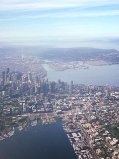 Seattle from the airplane (2016)