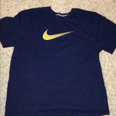 Men's xxl Nike t-shirt Men's xxl Nike t-shirt only worn and washed one time! Lucky Brand Tops Tees - Short Sleeve