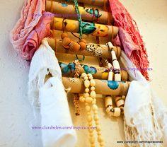 Tutorial para hacer un organizador de pañuelos y collares con rollos de papel y gomillas
