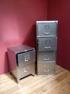 Cool Old Filing Cabinet Industrial Art New York Themed Décor - Cool filing cabinet