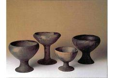 Cerámica de El Argar. Copas procedentes de contextos funerarios de El Argar, Fuente Álamo y El Oficio (Mariën y Ulrix-Closset 1985: fig. 43)