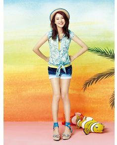 Song Ji Hyo - Yesse Summer 2014