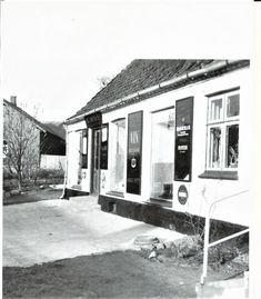 Købmand Tjørneby, Bogøhovedgade 158, ca. 1955