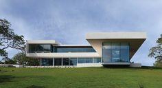 Galeria de Casa no Vinhedo Retrospect / Swatt | Miers Architects - 1