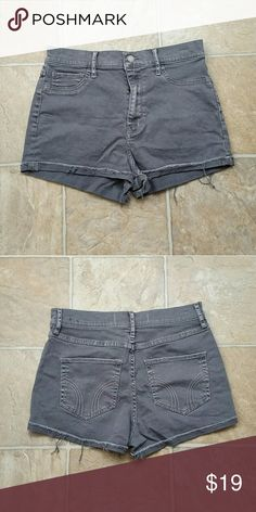 Hollister Shorts High Rise 9 Awesome Hollister shorts. They are in perfect  condition... just no longer fit. Size 9 from a pet / smoke free home. Hollister Shorts Jean Shorts