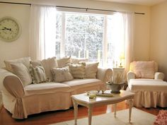 Charming Shabby Chic Living Room Designs : Decorating : HGTV