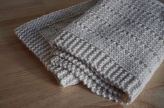 easy and free simply beautiful baby blankets to knit easy and free simply beauti. easy and free simply beautiful baby blankets to knit easy and free simply beautiful baby blankets t Easy Knit Baby Blanket, Crochet For Beginners Blanket, Blanket Yarn, Knitted Baby Blankets, Knitted Afghans, Knitted Bags, Easy Knitting Patterns, Knitting Projects, Simple Knitting