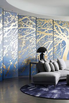 Great solution for a curved wall…k..panels to create staggered screen.