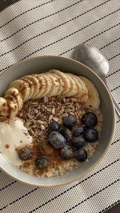 Think Food, I Love Food, Good Food, Yummy Food, Food Goals, Morning Food, Aesthetic Food, Fitness Aesthetic, Food Cravings
