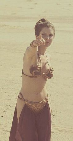 Carrie Fisher on the set of Return of the Jedi, on location in the Yuma desert @retrostarwarsstrikesback