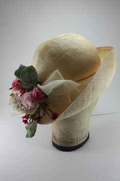 Vintage Straw Hat With Pink Millinery Flowers