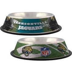 This dog bowl is decorated with your favorite NFL team logos and NFL football…