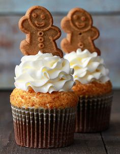 Christmas is in the Kitchen #cupcakes, #sweets