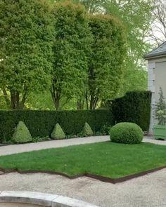 Rhode Island, Newport, Amazing Gardens, Beautiful Gardens, Garden Bed Layout, Backyard Shade, Garden Design Plans, Formal Garden Design, Garden Fountains