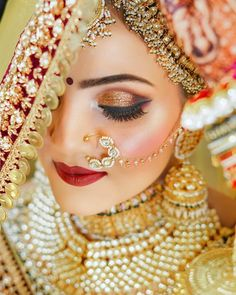 Bridal Eye Makeup, Wedding Day Makeup, Bridal Makeup Looks, Indian Bridal Makeup, Indian Wedding Bride, Bridal Poses, Indian Bridal Hairstyles, Bride Photography, Photography Tips