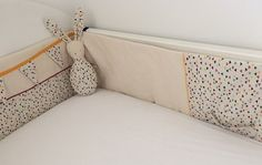 tuto confectionnez un tour de lit pour votre enfant m6 couture b b pinterest tour de. Black Bedroom Furniture Sets. Home Design Ideas