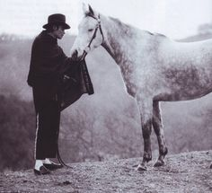 """This week in horse music saw an equestrian classic, America's """"A Horse With No Name"""" get a facelift from King of Pop. But is Michael Jackson's """"A Place With No Paris Jackson, Lisa Marie Presley, Jackson Family, Jackson 5, Elvis Presley, Rock And Roll, Mj Quotes, Michael Jackson Quotes, Michael Love"""