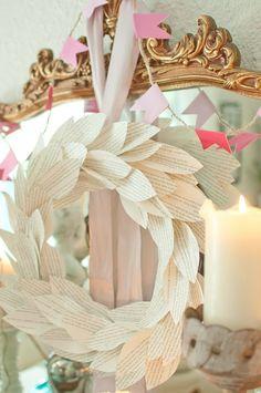Domestic Fashionista: Book Page Wreath Tutorial