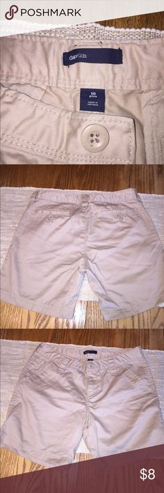 Girls size 10 Plus Gap Khaki Uniform Shorts Girls size 10 Plus Gap Khaki Uniform Shorts in excellent condition. GAP Bottoms Shorts