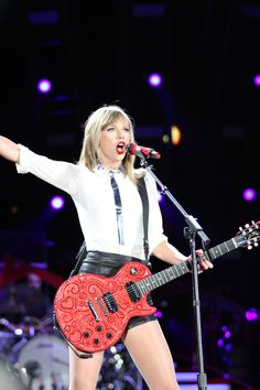 Taylor Swift Red Tour - July 26/27, 2013.