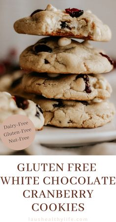 These gluten free white chocolate cranberry cookies are soft and fudgy on the inside yet slightly crispy on the outside. With just the right amount of white chocolate and dried cranberries, they are sure to become a quick favourite! #cranberrybliss #cranberrycookies #holidaycookies #holidaydessert #christmascookies